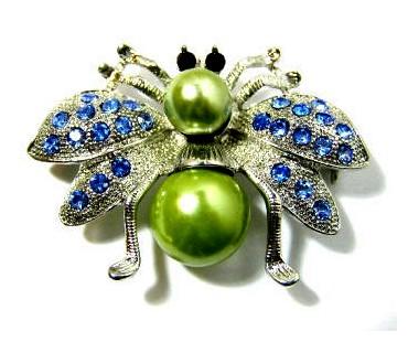Kleiderbrosche - Schmetterling